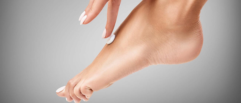 Auf füße stehen männer warum Fußfetischismus